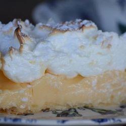 Receta de Tarta de crema con merengue de coco