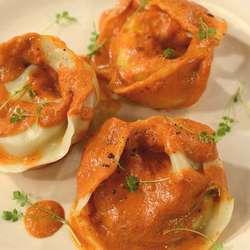 Receta de Agnolotti de ricota, jamón y mozzarella